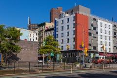 Coche del departamento del edificio y de bomberos en las calles en abajo Manhattan, Chinatown, Nueva York Fotos de archivo