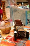 Coche del juguete de la vendimia   Fotos de archivo