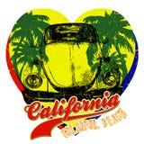 Coche del vintage con la palmera Diseño gráfico de los corazones del amarillo de California del verano Fotografía de archivo libre de regalías