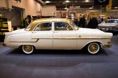 Coche 1956 del vintage de Opel Kapitan Foto de archivo libre de regalías