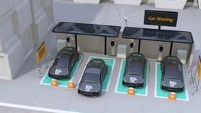 Coche eléctrico que sale del estacionamiento de la distribución de coche almacen de metraje de vídeo