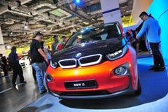Coche eléctrico urbano de BMW i3 en la exhibición en el mundo 2014 de BMW Fotos de archivo