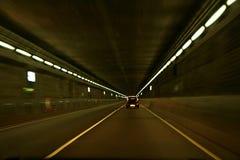 Coche en un túnel Foto de archivo libre de regalías
