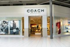 Coche Factory Store Imagen de archivo libre de regalías