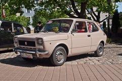 Coche Fiat 127 del vintage parqueado Imagen de archivo libre de regalías