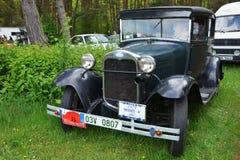 Coche Ford del vintage Imagenes de archivo