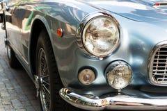 Coche oldsmobile del veterano del vintage de Maserati 3500 GT fotos de archivo