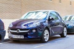 Coche Opel Adán del Subcompact Transporte respetuoso del medio ambiente fotos de archivo
