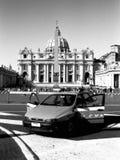 Coche policía en Vatican Fotografía de archivo libre de regalías