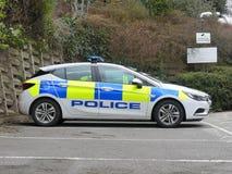 Coche policía parqueado fuera de la comisaría de policía de Rickmansworth, casa de tres ríos, Northway, Rickmansworth foto de archivo
