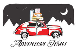 Coche retro cargado para viajar Rocas y fondo de la noche de las montañas Ilustración del vector Foto de archivo libre de regalías