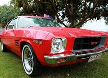 Coche retro. Ford Shelby Mustang. Rocas del peón en Fes fotografía de archivo libre de regalías