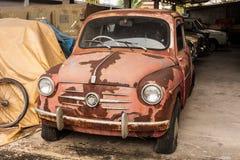 Coche retro viejo de FIAT foto de archivo