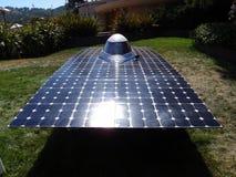 Coche solar de CalSol Uc Berkeley en la visualización en la feria Fotografía de archivo
