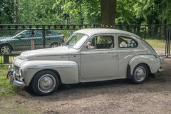 Coche sueco clásico Volvo B18 parqueado Imagen de archivo libre de regalías