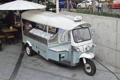 Coche tailandés del tuktuk Foto de archivo libre de regalías