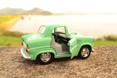 Coche verde del juguete Fotografía de archivo
