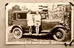 Coche viejo/1900 de los niños de la foto Foto de archivo