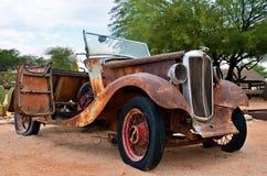 Coche viejo abandonado de Morris Eight, Namibia Imagenes de archivo