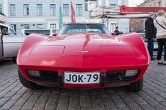 Coche viejo Chevrolet Corvette de Helsinki, Finlandia Foto de archivo