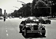 Coche viejo en Buenos Aires, la Argentina fotos de archivo
