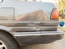 coche viejo estrellado Imagen de archivo libre de regalías