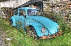 Coche viejo oxidado Foto de archivo