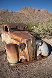 Coche viejo oxidado Fotos de archivo libres de regalías