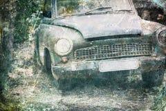 Coche viejo que aherrumbra en bosque, Foto de archivo libre de regalías