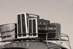 Coche y equipaje fotografía de archivo