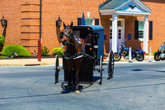 Cochecillo de Amish en Strasburg Foto de archivo libre de regalías