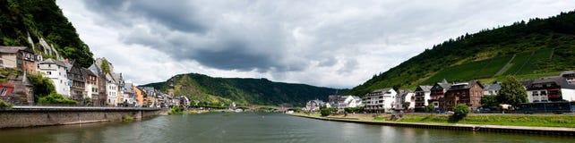 Cochem et rivière de la Moselle Photo stock