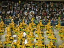 Coches amarillos, carnaval 2008 de Río. Imagen de archivo libre de regalías