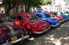 Coches americanos de la vendimia en La Habana, Cuba Fotografía de archivo libre de regalías