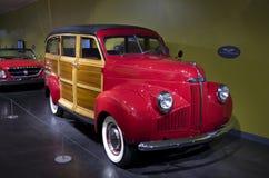 Coches antiguos en museo del coche del ` s de América Fotografía de archivo