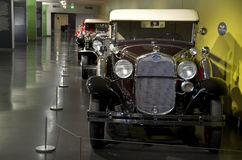 Coches antiguos en museo del coche del ` s de América Fotografía de archivo libre de regalías