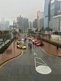 Coches de Ferrari en la ciudad de Hong Kong Imagen de archivo