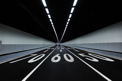 Coches en túnel Fotografía de archivo