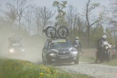 Coches técnicos en París-Roubaix Fotos de archivo libres de regalías