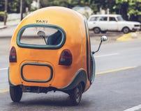 Cochi Mobil del taxi in Havana Cuba fotografie stock libere da diritti