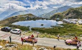 Cochonou husvagn i fjällängar - Tour de France 2015 Fotografering för Bildbyråer