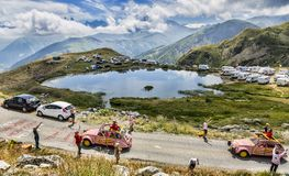 Cochonoucaravan in Alpen - Ronde van Frankrijk 2015 Stock Afbeelding