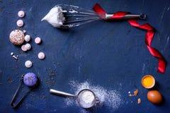 Cociendo o cocinando el marco del fondo Ingredientes Año Nuevo, top VI imagenes de archivo
