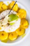 Cocina amarilla de la comida de la comida del camarón Imagen de archivo