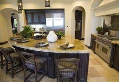 Cocina casera de lujo. fotografía de archivo