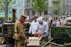 Cocina de campo militar del festival internacional Fotos de archivo