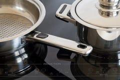 Cocina de la inducción Imágenes de archivo libres de regalías