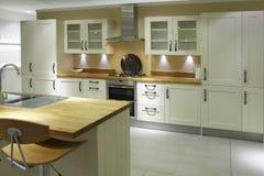 Cocina de lujo de gama alta moderna Imagen de archivo