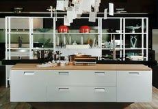 Cocina del diseño moderno Fotos de archivo