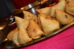 Comida india/Samosa Imagenes de archivo